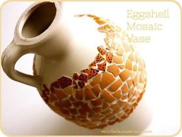 Trang trí chai lọ bằng vỏ trứng